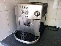 DeLonghi Magnifica ESAM4200S Bean to Cup Coffee Machine