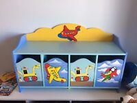Kids small bedroom unit
