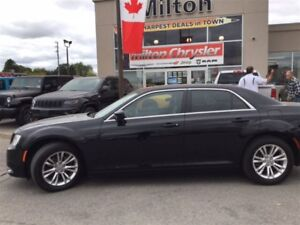 2016 Chrysler 300 TOURING LEATHER PANORAMIC SUNROOF 8.4