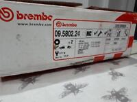 Renault Clio brembo brake pads and disks
