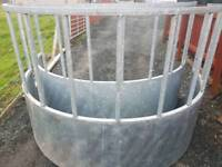 Near new Round bale feeder for cattle horses etc tractor farm livestock
