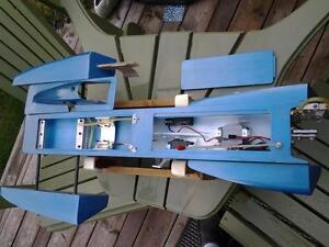 RC 3.5 Hawk outrigger Hydroplane London Ontario image 6