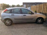 SILVER FORD FOCUS 2004 FOR PARTS OR SPARES