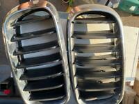 Black and chrome grill BMW x5