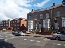Rooms To Let - Laygate, South Shields, NE33 - £80 PW (Bills Included)