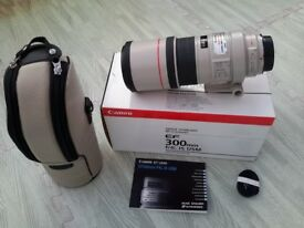 CANON 300mm EF F/4L IS USM like new
