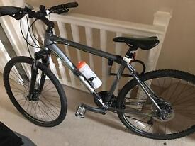 Dawes discovery 501 hybrid bike - Mint Condition