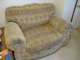 Two Seater Cuddle Chair Sofa, in excellent condition