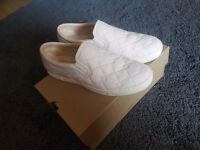 ** Womens Cream UGG slip on shoes Size UK 8.5**