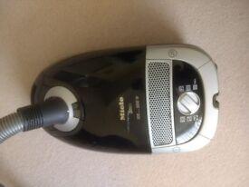 Miele S5211 2200 Watt Vacuum Cleaner