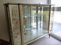 Vintage/Retro Glass Display Cabinet.