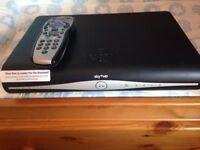 Sky + HD box model wifi model DRX890WL-C
