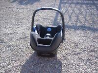 MAXI-COSI CABRIOFIX CAR SEAT 0-12 M / 0-13 kg EXCELLENT CONDITION