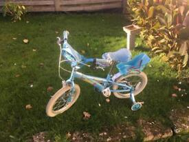 Girl's bicycle with stabilisers