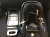 Maxi Cosi Pebble car seat (including new born insert) with ISO fix base
