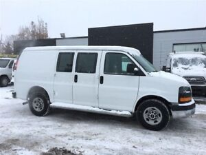 2016 GMC Savana divider. cruise. fin or lease from 4.99%oac