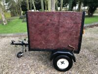 BOX TRAILER WITH COVER - 133CM X 104CM - CLEAN AND TIDY