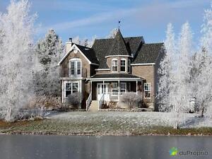 499 999$ - Maison 2 étages à vendre à Sherbrooke (Deauville)