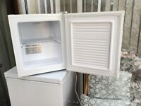 Curry's Essential Cabinet Freezer