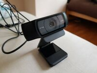 Mint Condition Logitech C920 Pro USB Webcam (1080P Full HD Streaming, Tripod and Monitor Mount)