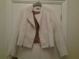 Biker jacket ladies cream coloured with tag