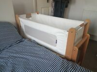 Snuzpod with new fabric set, mattress protector and 2 covers