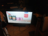 Sony hd 22 inch led tv loads of inoputs also HUMAX OPVR