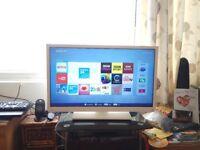 32-inch Toshiba 32D3454DB Full HD 1080p Freeview HD Smart LED TV, w/DVD