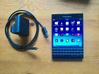 Blackberry Passport unlocked smartphone 4G