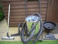 NUMATIC WET AND DRY VACUUM