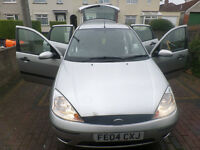 Great Ford Focus 1.4 2004 +car audio and rear view camera and full black leather