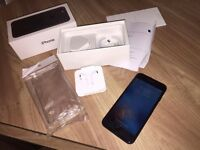 iPhone 7 128gb (almost new) Unlocked to all networks
