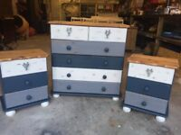 Chest of drawers with stag handles, also 2x bedside chests