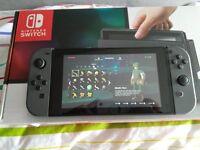 Nintendo Switch with Zelda: Breath of the wild