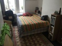 Camberwell SE5. Well Proportioned & Contemporary 2 Bed (no reception room) Furnished Flat