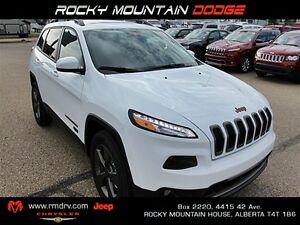 2017 Jeep Cherokee North / Park Assist Back-Up Camera * Leather