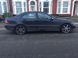 2005 MERCEDES C CLASS - MINT CONDITION - MOT - FULLY LOADED - ONLY 2 OWNERS - QUICK SALE - £1100!!