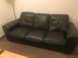 *****FREE TO COLLECT*****3 SEATER BLACK SOFA
