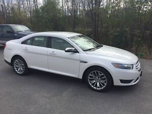 2013 Ford Taurus LIMITED SHOWROOM CONDITION