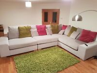 THIS MODERNISED STYLISH 7 BEDROOMS STUDENT House ideally located in RICHMOND ROAD Cardiff