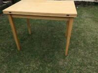 Folding out table