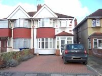 Stunning Newly Furnished 4 Bedroom House To Rent - Must SEE - CLEAN - TIDY - Available Immediately!