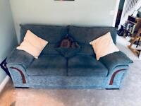 2 and 3 seater sofa very good condition