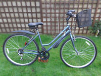ladies 20in professional hybrid bike, basket, lights, ex-condition can deliver d-lock available