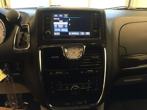 2015 Chrysler Town  Country 4dr Wgn Touring