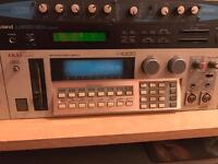 Classic akai s1000 sampler in perfect working order