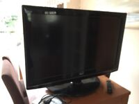 LG 37 INCH TV HD TELEVISON 37LG5000 LCD Excellent Condition