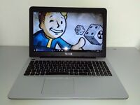 ASUS 15,6 - 6 GB RAM - 1TB SSHD - INTEL CORE i3 6TH GEN