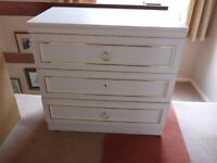 Three drawer chest in white melamine. Needs a little TLC. Free just pick up