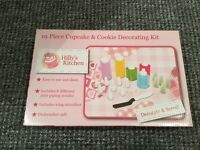 19 pce cupcake and cookie decorating kit